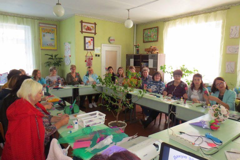 Практикум для керівників гуртків художньо-естетичного циклу та організаторів шкільних масових заходів