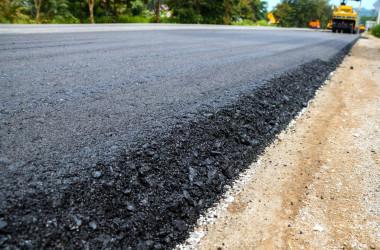 В уряді обіцяють зробити дорогу до кожної опорної школи