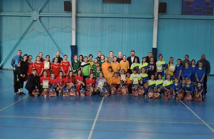 В Миколаєві пройшов традиційний Різдвяний турнір з футзалу серед дівчачих команд