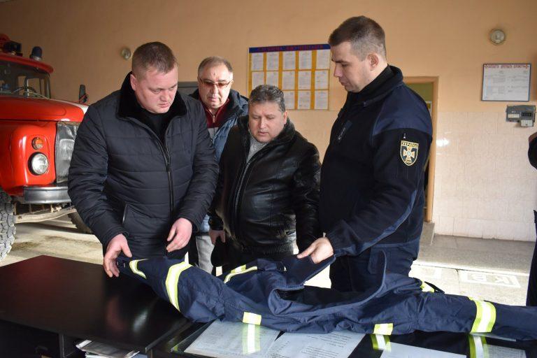 Казанківська селищна рада для пожежників придбала якісний спецодяг
