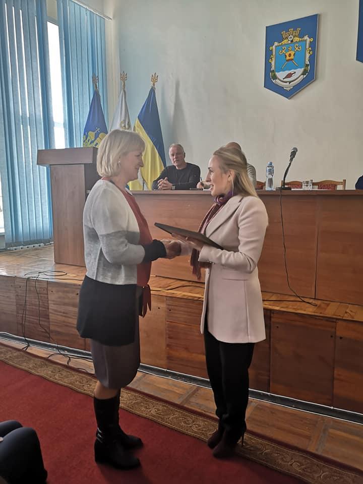 Вікторія Москаленко нагороджувала відзнаками та почесними грамотами