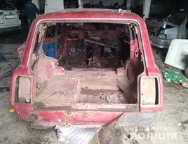 Поліцейські встановили чоловіка, який викрав автомобіль у мешканця Новобузького району