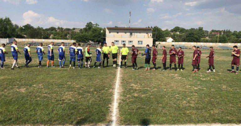 У надемоційному матчі Кубку Миколаївської області «Вікторія» поступилася «Казанці»
