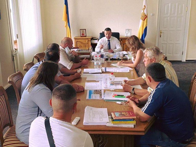 Депутати Баштанської районної ради поспілкувалися з головоюобласної адміеістрації щодо стану об'їзної дороги (Н-11)