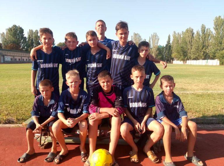 Юнаки Новобузької МДЮСШ представляли область на Всеукраїнських змаганнях з футболу