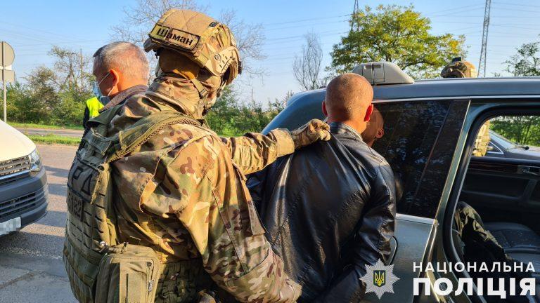 Групу розбійників, підозрюваних у серії нападів на території двох областей, затримали миколаївські поліцейські