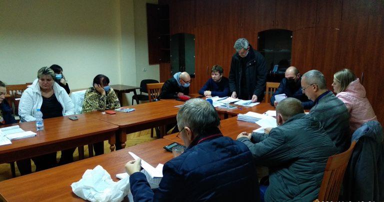 Миколаївщина: частина відомостей у протоколах міської та обласної ТВК щодо кандидатів до облради не збігається