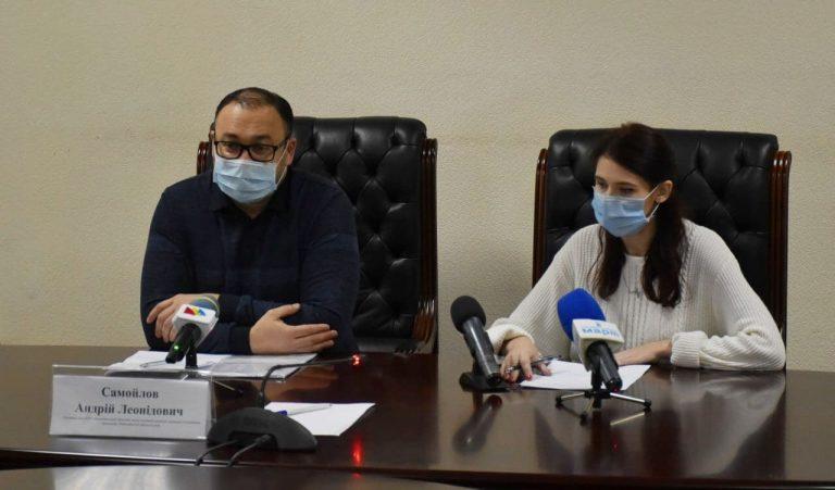 П'ятсот викликів, сто з яких «ковідні», щоденно відпрацьовують 89 бригад екстреної медичної допомоги на території Миколаївської області
