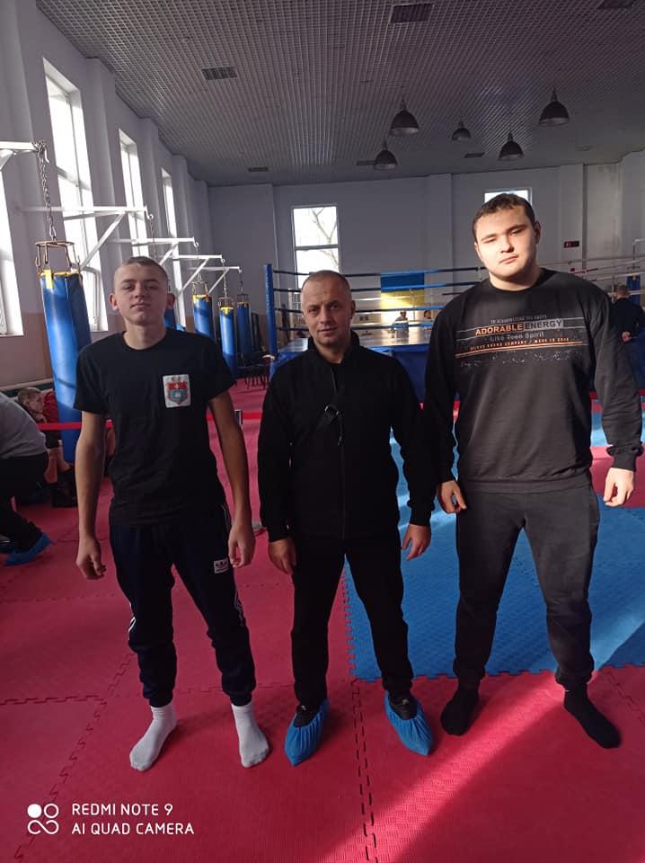 Спортсмени Новобузької спортивної школи боксу прийняли участь у першості Миколаєва
