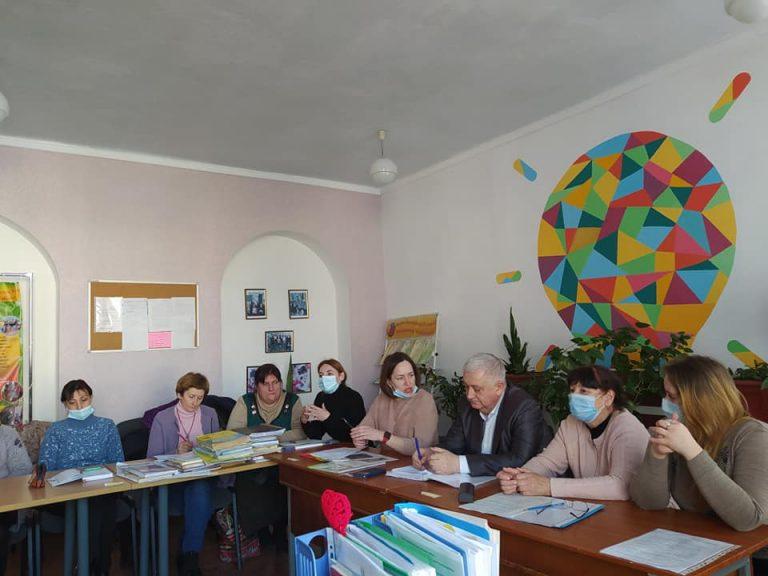 В 10 школі Нового Бугу обговорили впровадження інклюзивної форми навчання у закладі освіти
