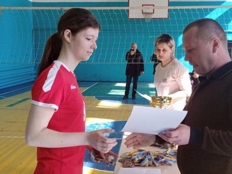 В Новому Бузі пройшов турнір з волейболу серед дівчат присвячений Міжнародному дню захисту прав жінок і миру
