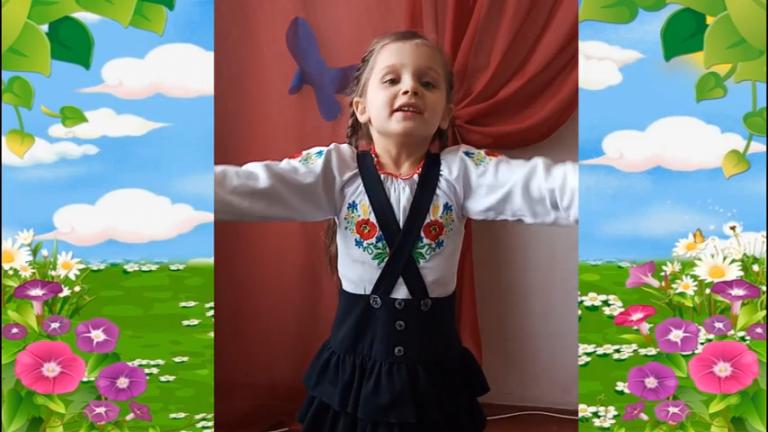Вихованці Новобузької ДШМ привітали МАМУ!